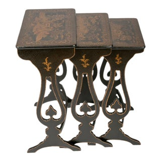 19th Century Chinoiserie Period Black and Gilt Japanned Nesting Tables - Set of 3 For Sale