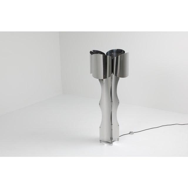 Maison Charles Post-Modern Chromed Steel Floor Lamp by Maison Charles - 1970s For Sale - Image 4 of 10