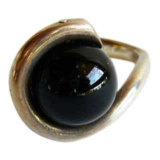 1980s Sterling Onyx Ball Ring by Susan Cummings For Sale