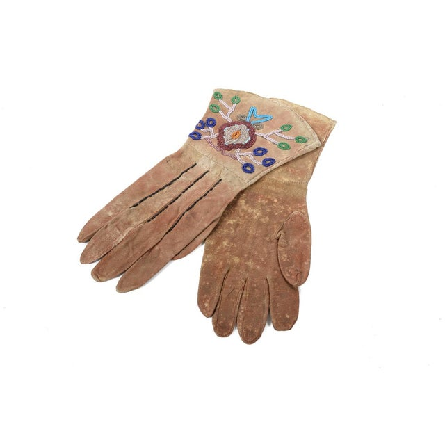 Native American Antique Leather & Beads Gloves - Image 4 of 7