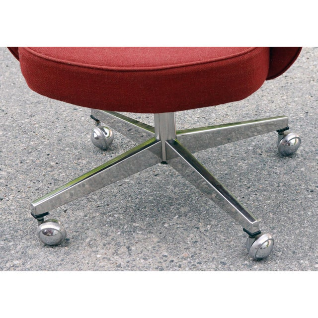 Saarinen Red Executive Office Desk Chair - Image 5 of 10