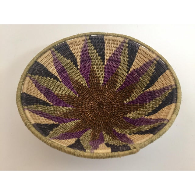 Native American Polychrome Seagrass and Silk Woven Basket For Sale In Los Angeles - Image 6 of 12