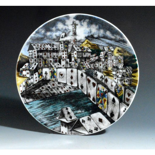 Piero Fornasetti Citta DI Carte City of Cards Plates in Complete Set of Twelve - Image 5 of 10