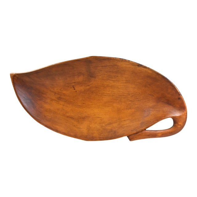 20th Century Carved Solid Wood Leaf Shape Dish For Sale