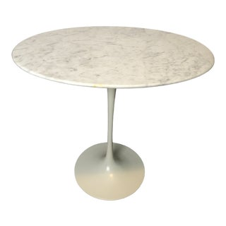 Vintage Saarinen Side Table For Sale