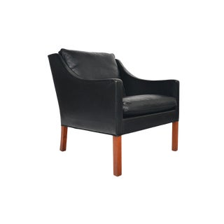 Børge Mogensen Model 2207 Black Leather Lounge Chair For Sale