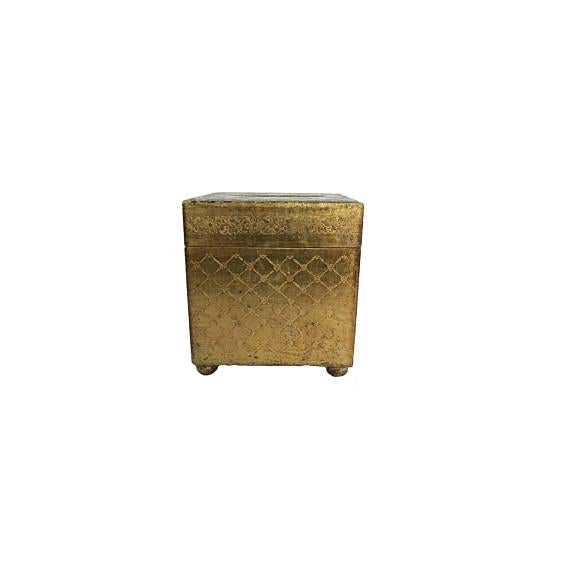Antique Italian Florentine White and Gold Gilt Wooden Tissue Box Cover For Sale - Image 5 of 5