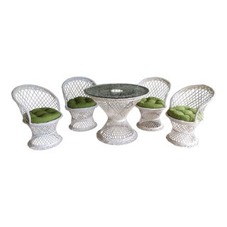 Russell Woodard Spun Fiberglass Patio Dining Table And 4 Chairs - Set of 5 For Sale