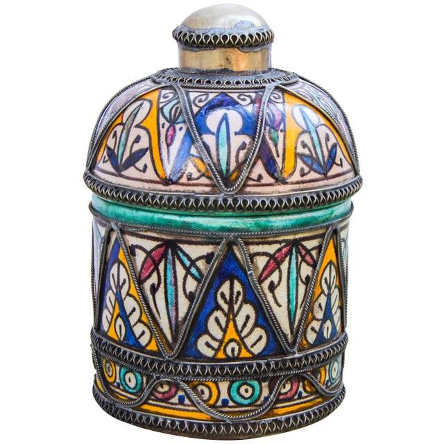 Antique handcrafted and glazed ceramic box. Exhibits an intricately hand-painted Andalusian pattern with ornate filigree...