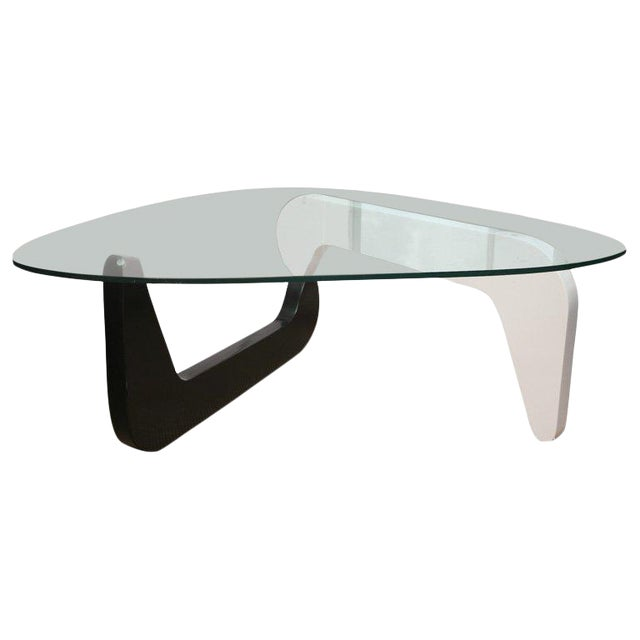 1950s Mid-Century Modern Noguchi Coffee Table For Sale