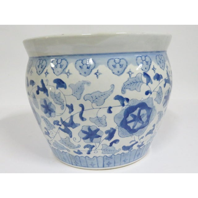 Asian Chinese Porcelain Blue & White Jardiniere For Sale - Image 3 of 4