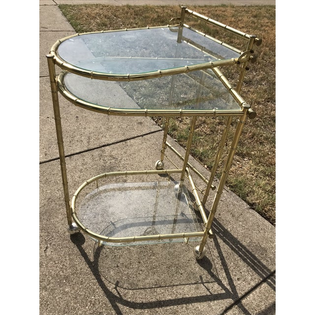 1960s 1960s Chippendale Maison Jansen Brass Faux Bamboo Swivel Bar Cart For Sale - Image 5 of 11