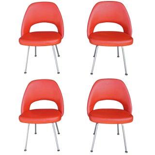Eero Saarinen for Knoll 72u Chair; Set of Four For Sale