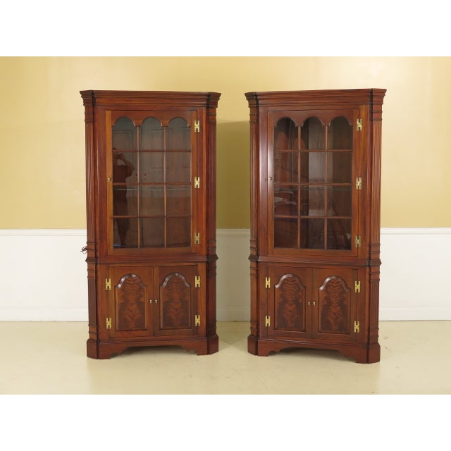 Councill Craftsmen Chippendale Mahogany Corner Cabinets- A Pair For Sale - Image 13 of 13