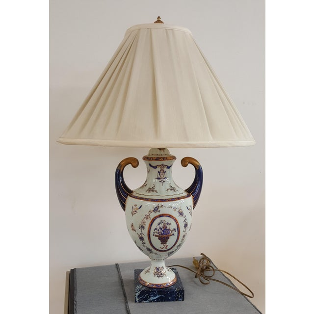 Winterthur Porcelain Blue and White China Table Lamp For Sale - Image 4 of 8