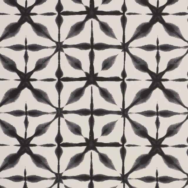 Early 21st Century Schumacher Andromeda Wallpaper in Charcoal (8 Yards) For Sale - Image 5 of 5