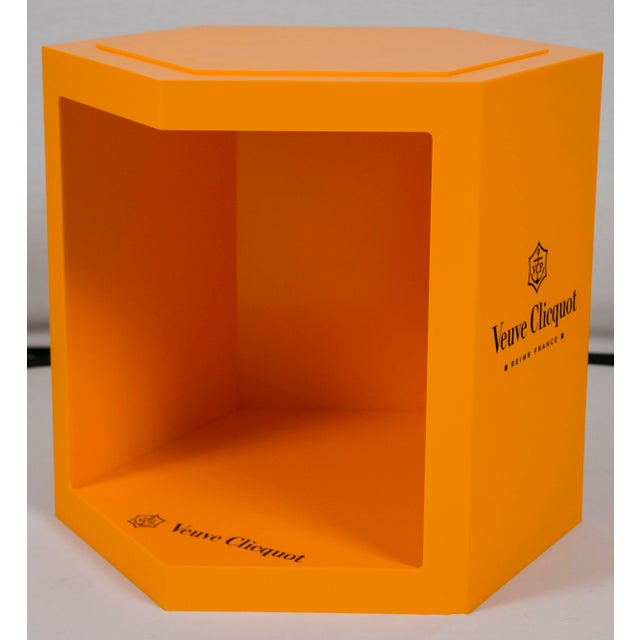 Veuve Clicquot Promotional Display Box - Image 7 of 8