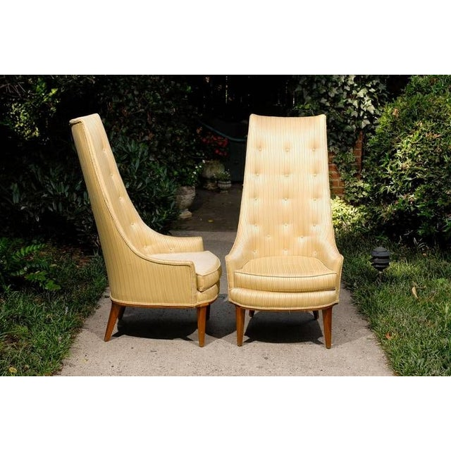 Pair of Mid Century Tufted High Back Chairs by Tomlinson For Sale - Image 4 of 5