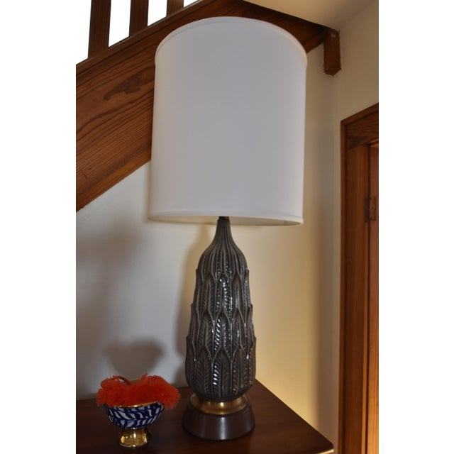 Vintage Mid-Century Porcelain Lamp - Image 2 of 6