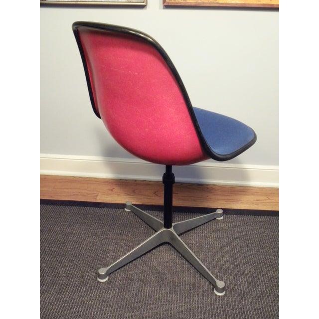 Herman Miller Vintage Mid Century Office Chair - Image 5 of 5