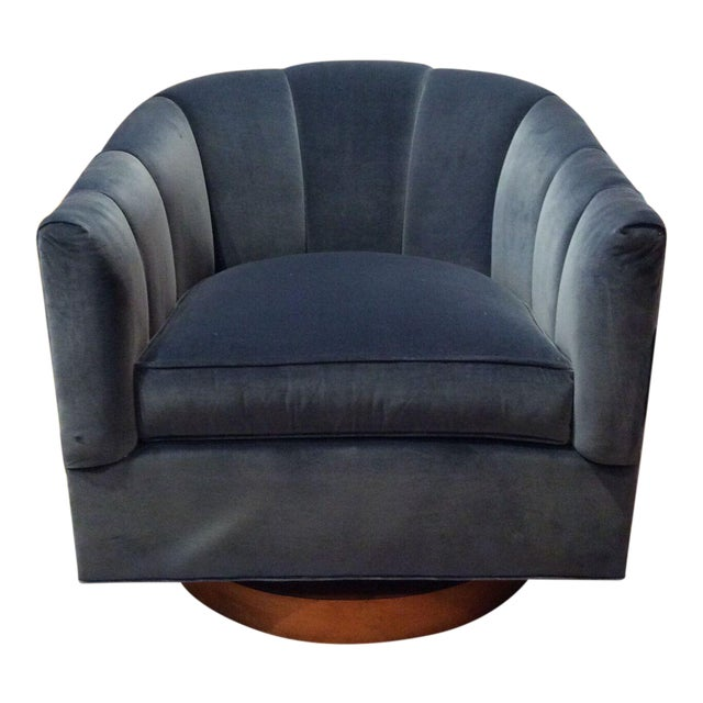 Hickory Chair Lady Swivel Chair For Sale