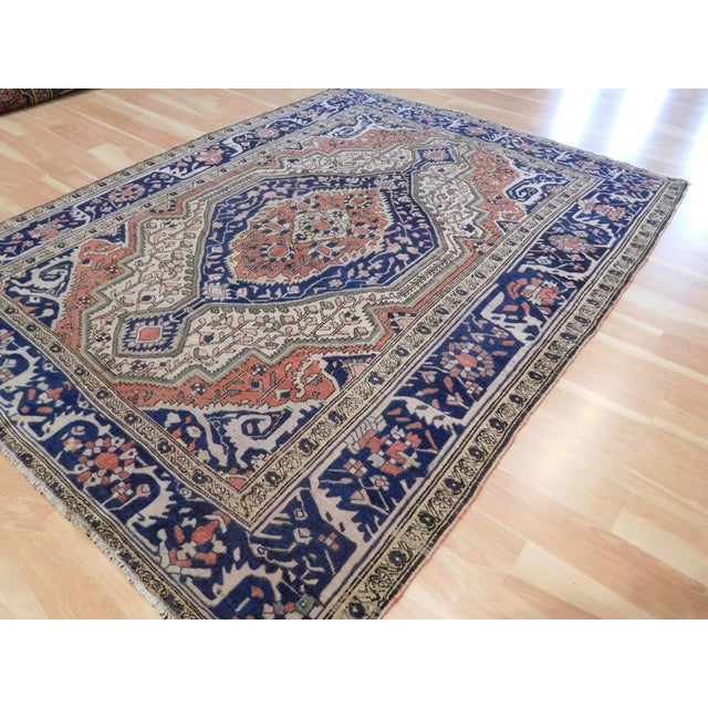 """Traditional Antique Persian Sarouk Farahan Rug - 5'6"""" x 7' For Sale - Image 3 of 10"""
