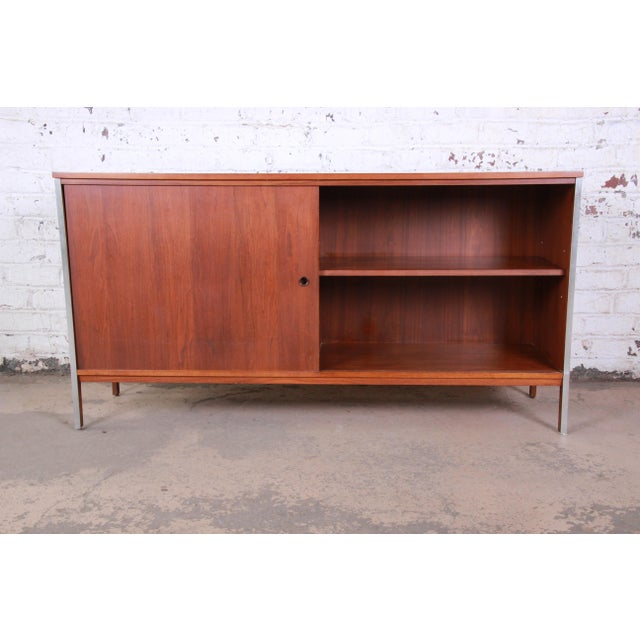 Metal Paul McCobb for Calvin Linear Group Walnut Sideboard Credenza For Sale - Image 7 of 12