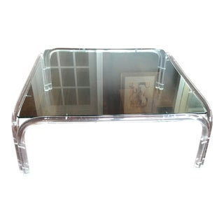 Vintage Mid Century Modern Lucite and Glass Dorothy Thorpe Style Square Coffee Table For Sale