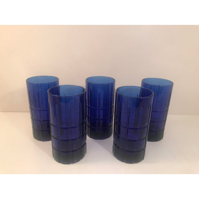 Anchor Hocking 1960s Contemporary Anchor Hocking Tartan Cobalt Blue 12 Oz Tumblers - Set of 5 For Sale - Image 4 of 4