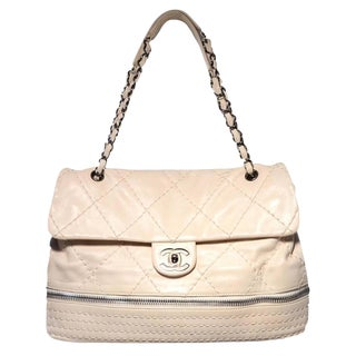 Chanel Quilted Leather Zip Bottom Classic Shoulder Bag For Sale
