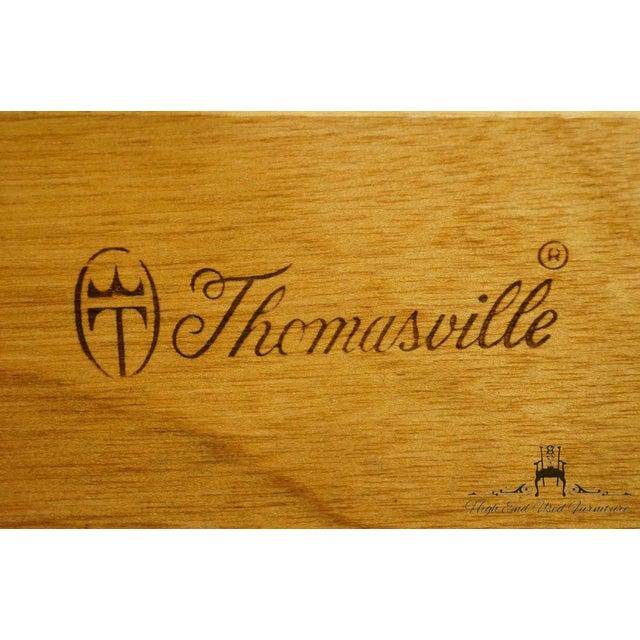 Late 20th Century Vintage Thomasville Furniture Salem Tavern Collection Dresser & Mirror For Sale - Image 11 of 12