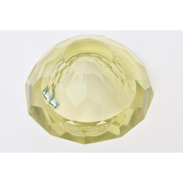 Yellow Italian Vintage Murano Diamond Faceted Geode Sommerso Glass Bowl For Sale - Image 8 of 11