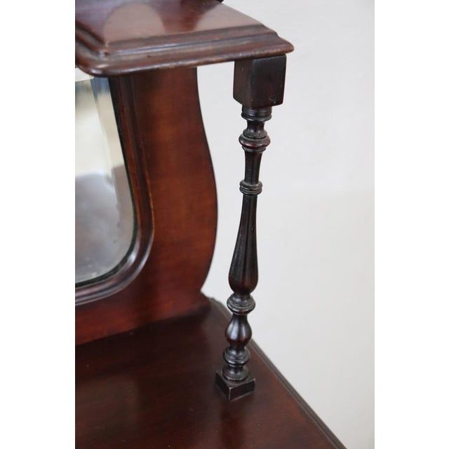 19th Century English Mahogany Carved Antique Vitrine or Display Cabinet For Sale - Image 4 of 11