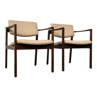 Stow Davis Mid-Century Modern Open Arm Chair / Floating Seat & Back ~ a Pair For Sale