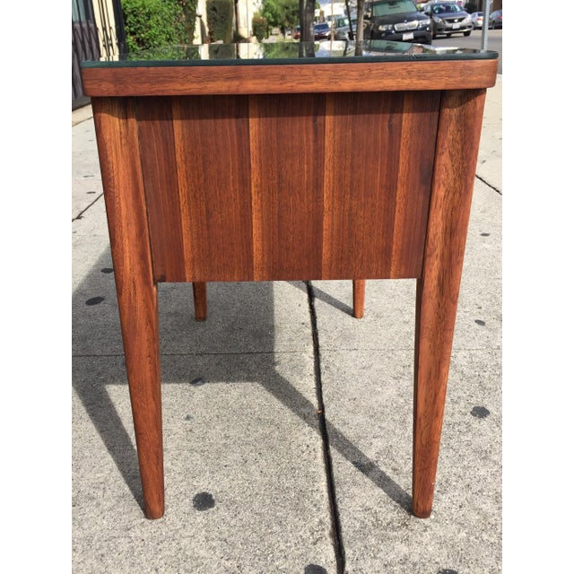 Mid-Century Broyhill End Table - Image 9 of 10