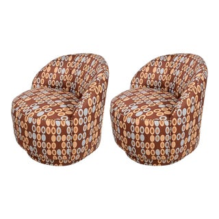 Pair of Mid-Century Modern Upholstered Chairs Attributed to Milo Baughman For Sale