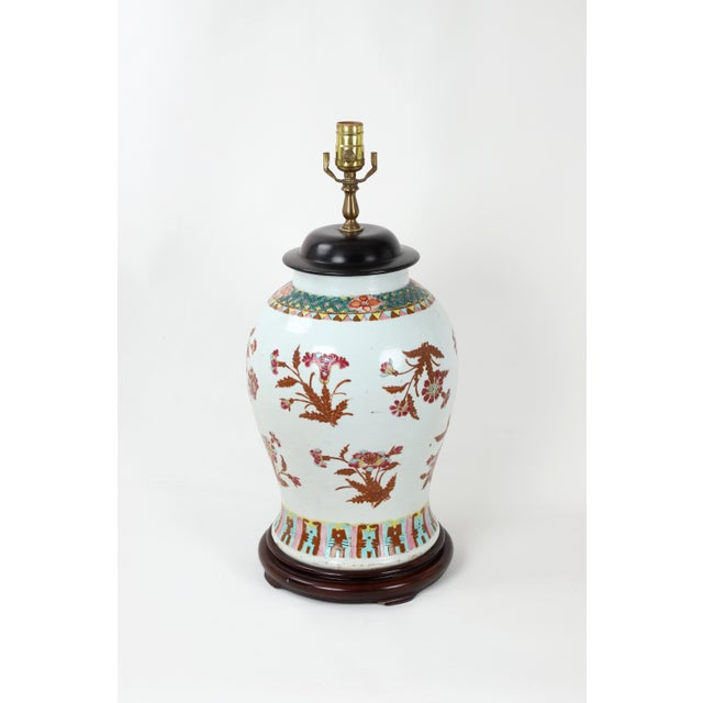 Chinese 19th Century Famille Rose Temple Jar Lamp With Wooden Jar Cover For Sale - Image 3 of 6