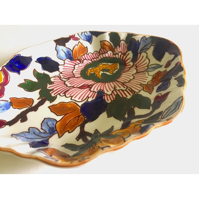 Gien France Rare Vintage 1985 Faience Ruffle Edge Small Hand Painted Floral Ceramic Dish For Sale In Kansas City - Image 6 of 13