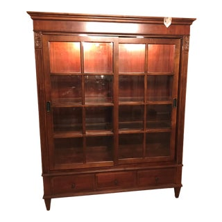 Ethan Allen Townhouse Curio Cabinet For Sale