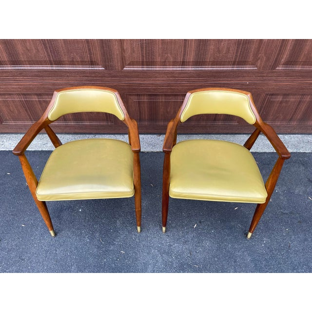 Mid-Century Modern Mid 20th Century Walnut Jasper Armchairs - a Pair For Sale - Image 3 of 10