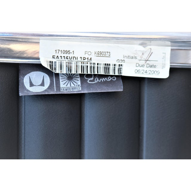 Mid-Century Modern Herman Miller Eames Aluminum Group Black Management Chair For Sale - Image 12 of 13
