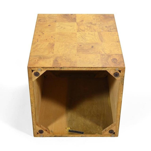 Milo Baughman Burl Patchwork Pedestal/ End Table by Thayer Coggin For Sale In Chicago - Image 6 of 9