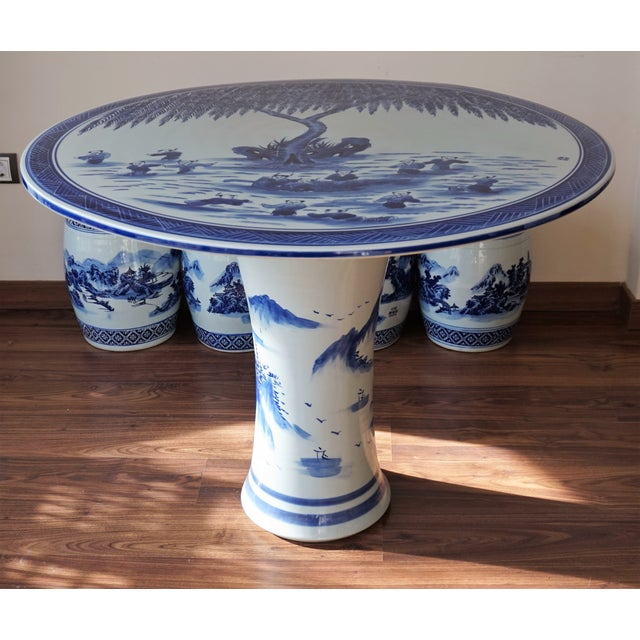 Asian Blue and White Floral Motif Chinese Porcelain Garden Seats & Table - Set of 5 For Sale - Image 3 of 14