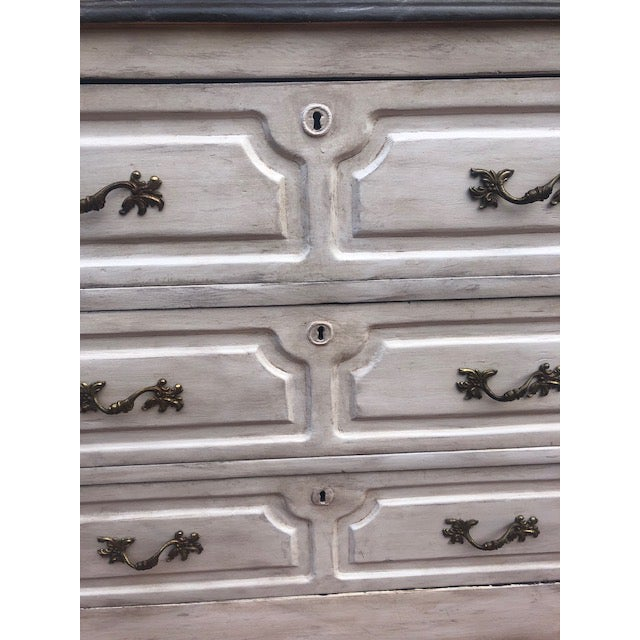 19th Century White Painted Chest For Sale In Tampa - Image 6 of 8