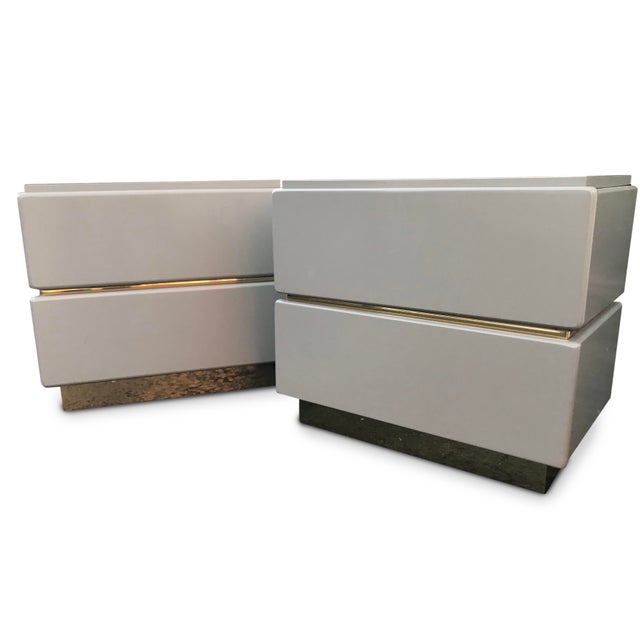 Vintage Lane Brass and Lacquered Nightstands-A Pair For Sale - Image 12 of 12