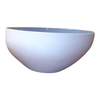 Large White Nested Bowl With Blue Interior For Sale