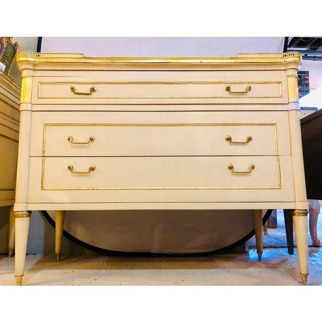 1960s Maison Jansen Style Hollywood Regency Commodes, Dressers, Nightstands, a Pair For Sale - Image 5 of 13