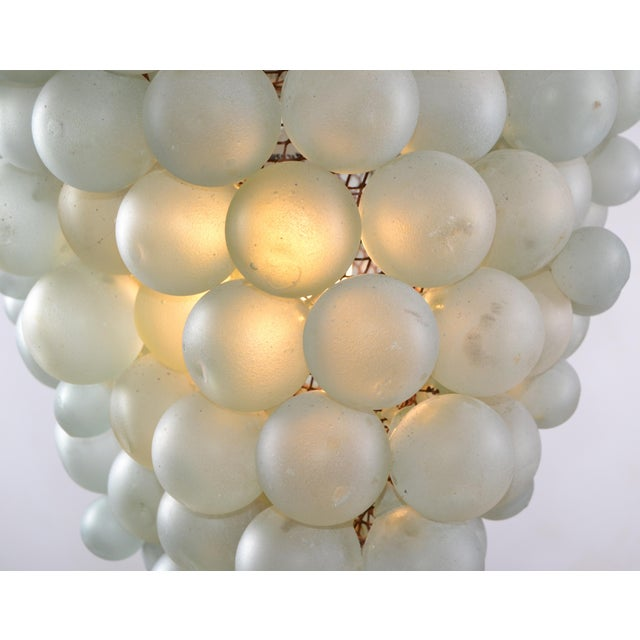 Large Italian Mid-Century Modern Blown Murano Glass & Brass Grape Chandelier For Sale In Miami - Image 6 of 13