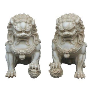 Chinese Off White Marble Like Fengshui Foo Dogs - a Pair For Sale