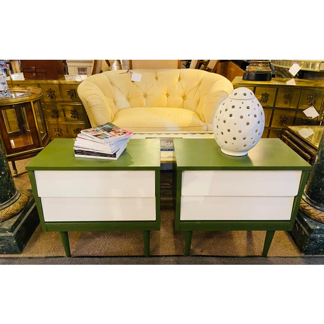 Mid Century Modern Two Tone Nightstands - a Pair For Sale - Image 12 of 13